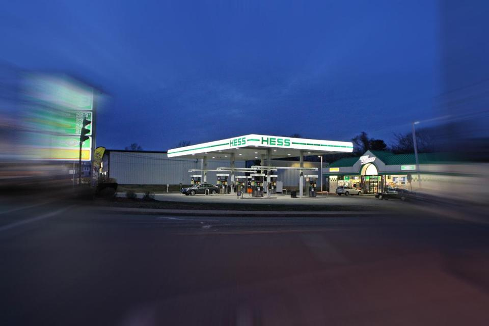 A 2009 murder occurred at this Hess gas station.
